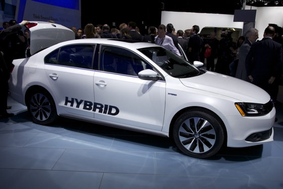 2013 Volkswagen Jetta Hybrid: Detroit Auto Show featured image large thumb0