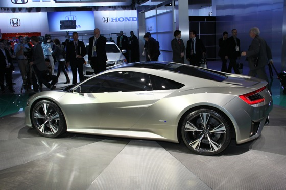 Acura NSX Concept: Detroit Auto Show featured image large thumb2