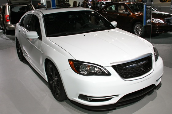 Chrysler 200 Super S: Detroit Auto Show