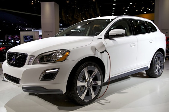 Volvo XC60 Plug-In Hybrid Concept: Detroit Auto Show featured image large thumb0