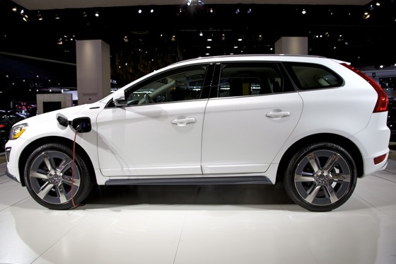 Volvo XC60 Plug-In Hybrid Concept: Detroit Auto Show featured image large thumb1