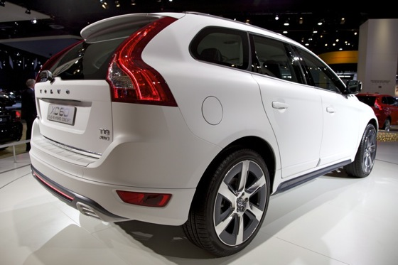 Volvo XC60 Plug-In Hybrid Concept: Detroit Auto Show featured image large thumb4