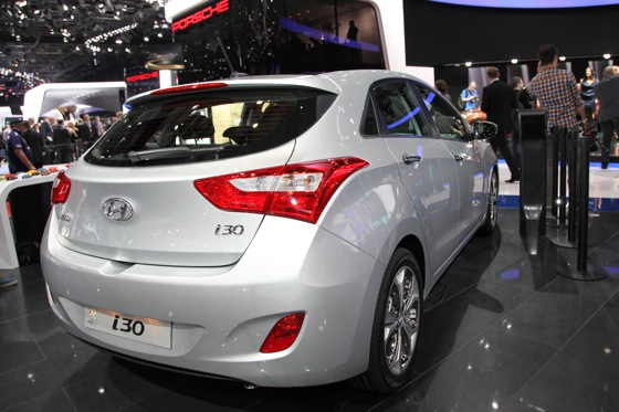 Hyundai i30 Wagon: Geneva Auto Show featured image large thumb4