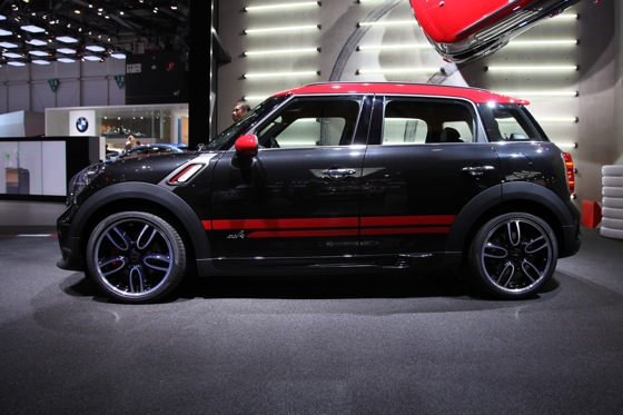 2013 Mini Countryman JCW: Geneva Auto Show featured image large thumb6