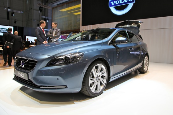 2013 Volvo V40: Geneva Auto Show featured image large thumb0