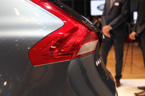 2013 Volvo V40: Geneva Auto Show featured image large thumb7