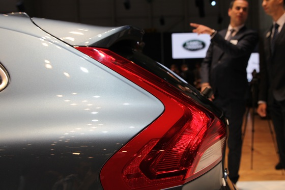 2013 Volvo V40: Geneva Auto Show featured image large thumb8