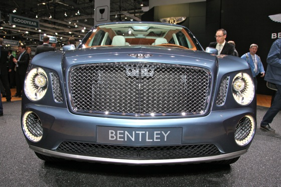 Bentley EXP 9 F: Geneva Auto Show featured image large thumb2