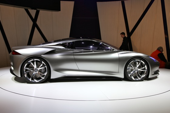 Infiniti EMERG-E Concept Vehicle: Geneva Auto Show featured image large thumb3