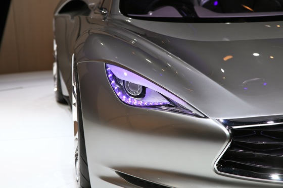 Infiniti EMERG-E Concept Vehicle: Geneva Auto Show featured image large thumb6
