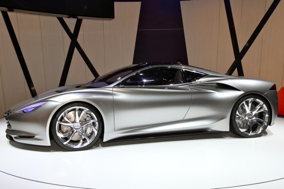 Infiniti EMERG-E Concept Vehicle: Geneva Auto Show featured image large thumb9
