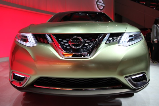 Nissan Hi-Cross Concept Vehicle: Geneva Auto Show featured image large thumb2