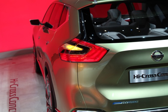 Nissan Hi-Cross Concept Vehicle: Geneva Auto Show featured image large thumb5