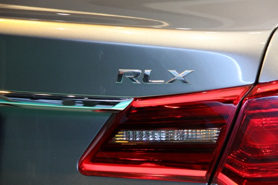 Acura RLX Concept: New York Auto Show featured image large thumb17