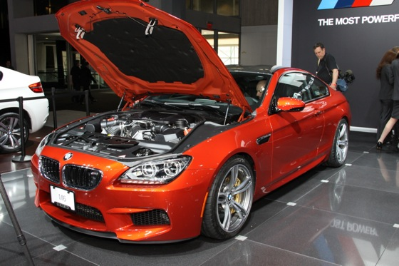 2013 BMW M6 Coupe: New York Auto Show featured image large thumb5