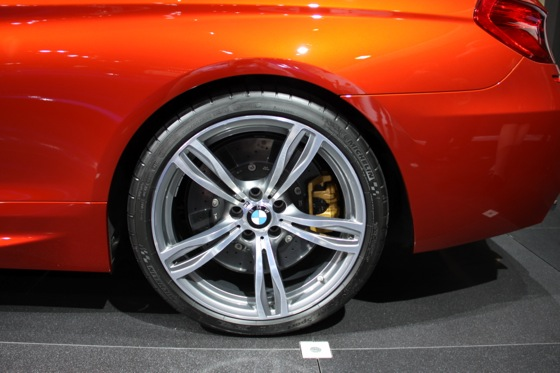 2013 BMW M6 Coupe: New York Auto Show featured image large thumb7