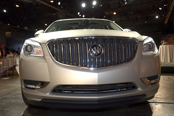 2013 Buick Enclave: New York Auto Show featured image large thumb1