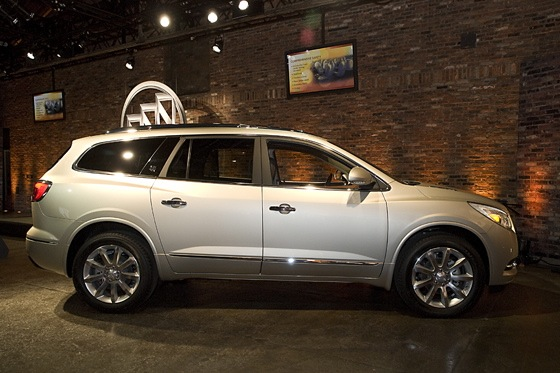 2013 Buick Enclave: New York Auto Show featured image large thumb3