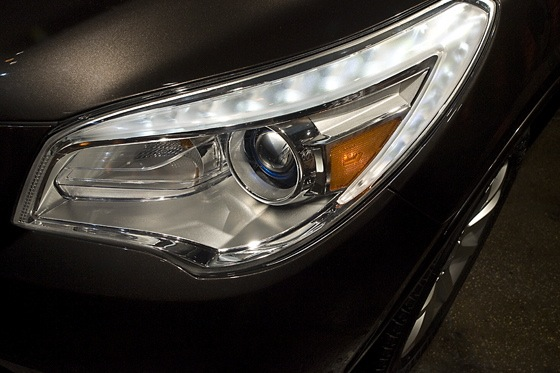 2013 Buick Enclave: New York Auto Show featured image large thumb11