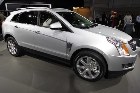 2013 Cadillac SRX: New York Auto Show featured image large thumb3