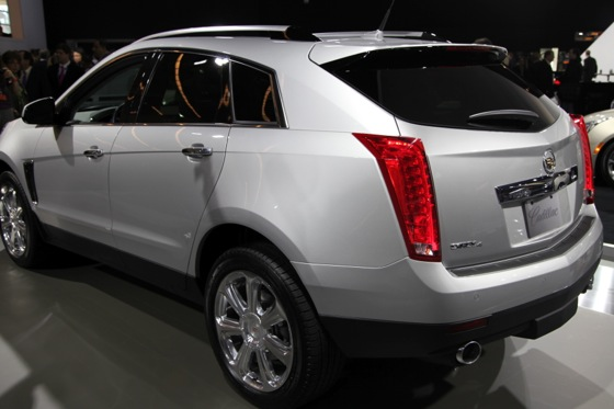 2013 Cadillac SRX: New York Auto Show featured image large thumb5