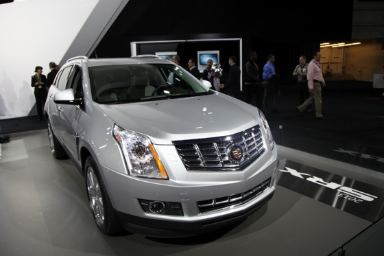 2013 Cadillac SRX: New York Auto Show featured image large thumb2