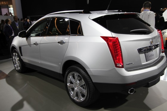 2013 Cadillac SRX: New York Auto Show featured image large thumb6