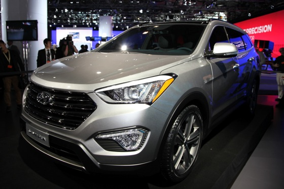 2013 Hyundai Santa Fe: New York Auto Show featured image large thumb1