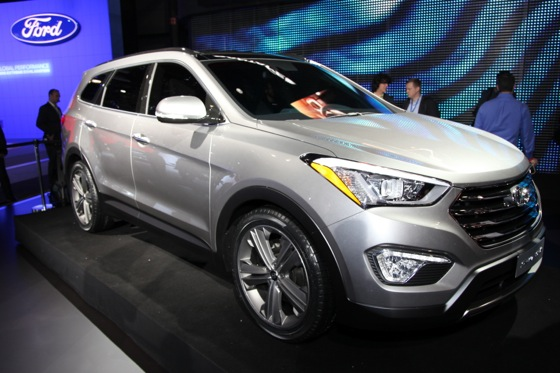 2013 Hyundai Santa Fe: New York Auto Show featured image large thumb3