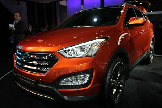 2013 Hyundai Santa Fe: New York Auto Show featured image large thumb7