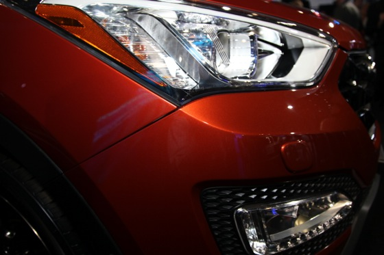 2013 Hyundai Santa Fe: New York Auto Show featured image large thumb12