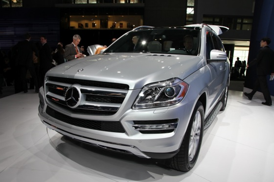 2013 Mercedes GL-Class: New York Auto Show featured image large thumb0