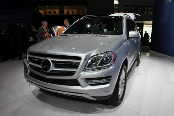 2013 Mercedes GL-Class: New York Auto Show featured image large thumb2