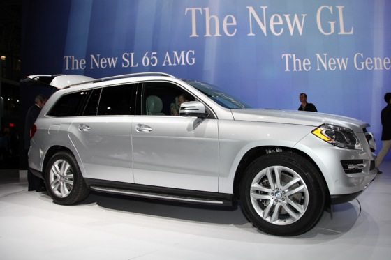 2013 Mercedes GL-Class: New York Auto Show featured image large thumb4