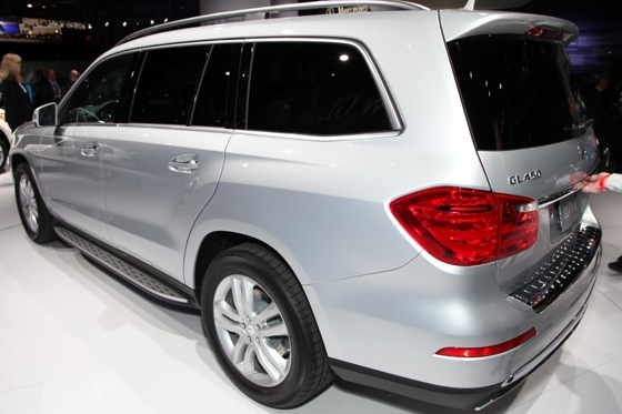 2013 Mercedes GL-Class: New York Auto Show featured image large thumb10