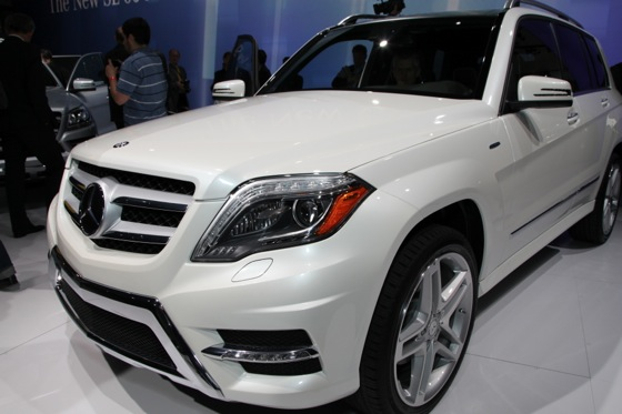 2013 Mercedes GL-Class: New York Auto Show featured image large thumb5