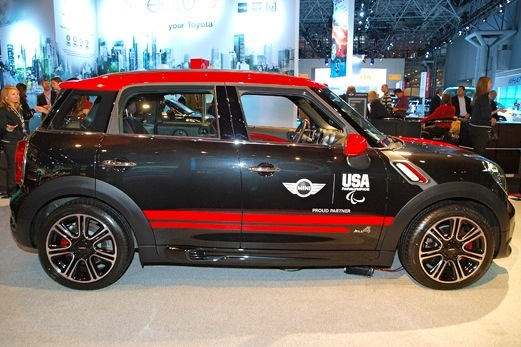 Mini John Cooper Works Countryman: New York Auto Show featured image large thumb2