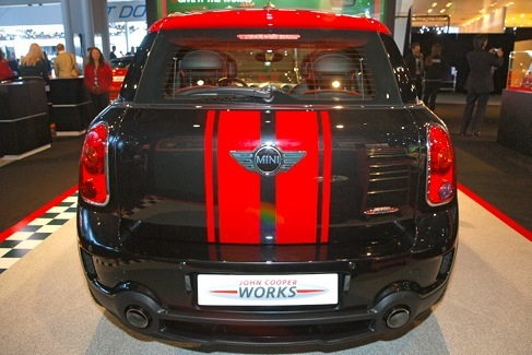 Mini John Cooper Works Countryman: New York Auto Show featured image large thumb4