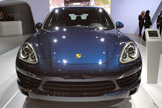 2013 Porsche Cayenne Diesel: New York Auto Show featured image large thumb5