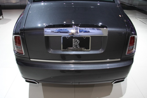 2013 Rolls-Royce Phantom Series II: New York Auto Show featured image large thumb7
