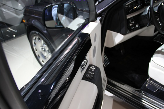 2013 Rolls-Royce Phantom Series II: New York Auto Show featured image large thumb29