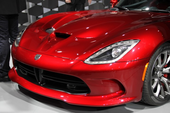 2013 SRT Viper: New York Auto Show featured image large thumb1