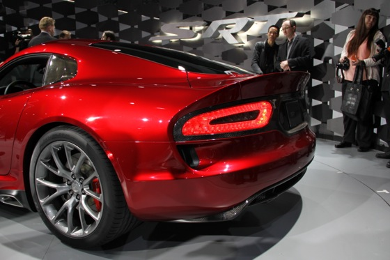 2013 SRT Viper: New York Auto Show featured image large thumb9