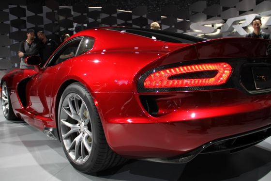 2013 SRT Viper: New York Auto Show featured image large thumb12