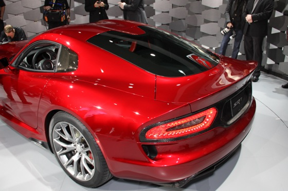 2013 SRT Viper: New York Auto Show featured image large thumb14