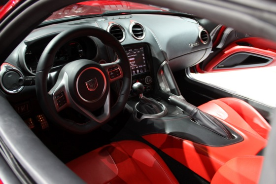 2013 SRT Viper: New York Auto Show featured image large thumb29