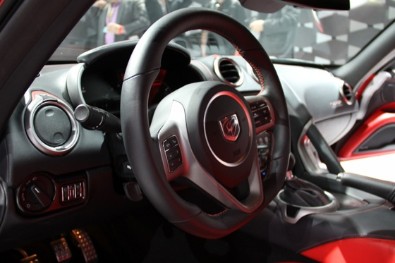 2013 SRT Viper: New York Auto Show featured image large thumb35