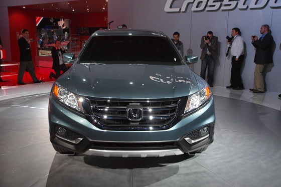 2013 Honda Crosstour Concept: New York Auto Show featured image large thumb1