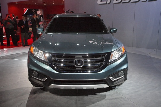 2013 Honda Crosstour Concept: New York Auto Show featured image large thumb2