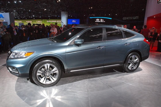 2013 Honda Crosstour Concept: New York Auto Show featured image large thumb15